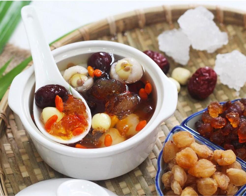 Chè hạt sen dưỡng nhan - Quà Huế Online - Đặc sản chính gốc